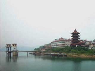 荣县双溪湖